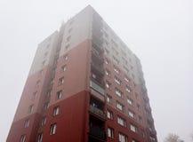 Rekonstruujący blok mieszkalny w republika czech budował w communism erze obrazy stock