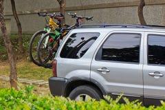 Rekreacyjny pojazd i bicykle Obrazy Royalty Free