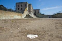 Rekreationgården på det Alcatraz fängelset Arkivbild