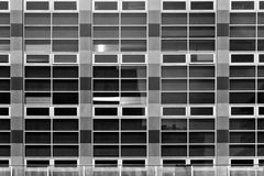 Rektangulär modell som göras från kontoret Windows Royaltyfri Fotografi