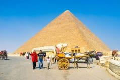 Relájese en Giza Imagenes de archivo