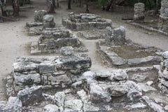 Relíquias de pedra antigas em ruínas maias de Coba, México da arquitetura Foto de Stock Royalty Free