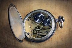 Relógio de bolso para dentro Imagens de Stock Royalty Free