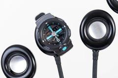 Relógio de Digitas com tempo análogo imagem de stock royalty free