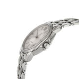 Relógio de pulso luxuoso do Mens no branco Fotografia de Stock Royalty Free