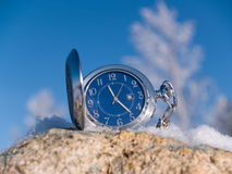Relógio no inverno Fotos de Stock