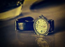 Relógios de pulso do ` s dos homens Fotos de Stock Royalty Free