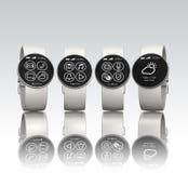 Relógios de Smart isolados no fundo cinzento Imagem de Stock Royalty Free