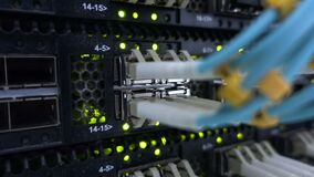 Relação do conector ótico da fibra Rede informática da tecnologia da informação, cabos óticos da fibra da telecomunicação conecta video estoque