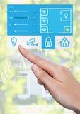 Relação tocante do sistema App da domótica da mão Fotografia de Stock