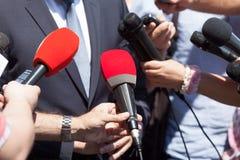 Relações públicas - PR Entrevista dos meios fotografia de stock