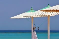 Relach Strandregenschirm stockbild