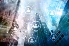 Relación de la gente y estructura de organización Media sociales Concepto de la tecnología del negocio y de comunicación imagen de archivo libre de regalías