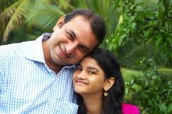 Relacionamento feliz do tio e da sobrinha Fotos de Stock Royalty Free
