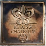Relais-u. Chateaux-Relais-Gourmanden unterzeichnen herein das Holunderbeerhausrestaurant Stockbilder