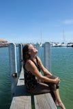 Relajación en el puerto deportivo Imagen de archivo libre de regalías