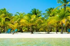 Relajación en la silla - isla hermosa fotografía de archivo libre de regalías