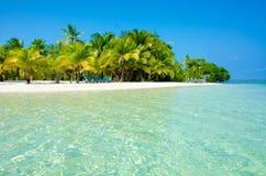 Relajación en la silla - isla hermosa Foto de archivo libre de regalías