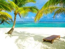 Relajación en la silla - isla hermosa imágenes de archivo libres de regalías
