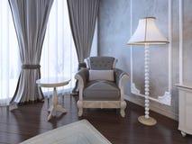 Relaje el lugar en dormitorio neoclásico Imágenes de archivo libres de regalías