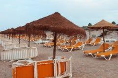 Relaje el momento en playa Foto de archivo