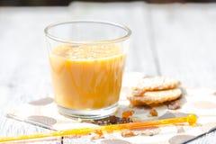 Relaje los añadidos del licor de café del jardín Fotografía de archivo libre de regalías