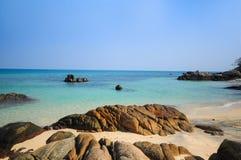 Relaksować na plażowej munnork wyspie Fotografia Royalty Free