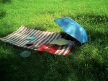 Relaksować na pogodnym letnim dniu fotografia stock
