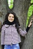 Relaksująca natura - piękna zdrowa kobieta Obraz Royalty Free
