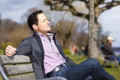 Relaksujący mężczyzna Zdjęcie Stock