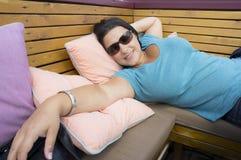 Relaksująca kobieta Obrazy Royalty Free