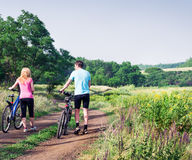 Relaksuje jechać na rowerze Obrazy Royalty Free