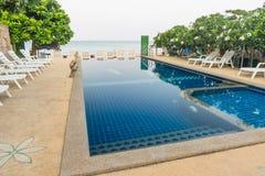 Relaksuje poolside Zdjęcie Stock