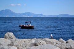 Relaksuje w zatoce Naples Fotografia Royalty Free
