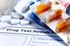 Relatório de teste da droga Imagem de Stock Royalty Free