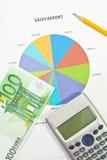 Relatório e dinheiro de vendas Imagens de Stock