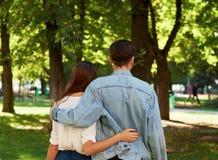 Relations romantiques étroites Amour d'été Photographie stock libre de droits