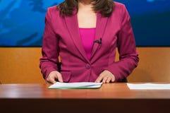 Relatore che presenta le notizie Fotografie Stock