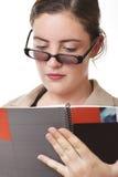 Relatório da mulher de negócios Fotos de Stock