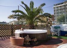 Condo roof top jacuzzi pool stock photos image 8223693 - Deco jacuzzi exterieur ...