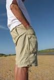 Relaxado nos Shorts imagem de stock