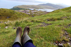 Relaxamento após uma caminhada difícil Fotografia de Stock Royalty Free