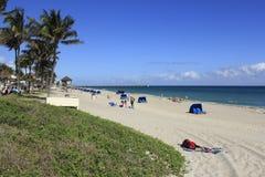 Relaxamento na praia de Deerfield Foto de Stock