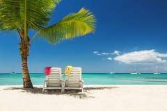 Relaxamento na praia tropical remota Fotos de Stock Royalty Free