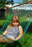 Relaxamento no hammock Imagem de Stock Royalty Free