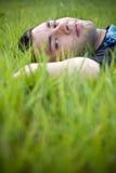 Relaxamento no verde Fotografia de Stock Royalty Free