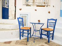 Relaxando em Santorini, Grécia fotos de stock