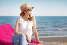 Relaxar na praia fotografia de stock