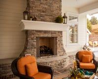 Relaxation confortable de cheminée Photos stock