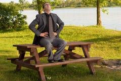 relaxation d'homme d'affaires photographie stock libre de droits